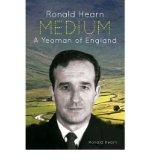 Portada de [(MEDIUM: A YEOMAN OF ENGLAND * * )] [AUTHOR: RONALD HEARN] [NOV-2010]